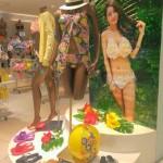 丸栄百貨店にショップがオープンしました!AKFの花びらビキニの小売希望価格は4380円以上です!